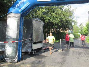 Ronny läuft zu Hochform auf. 2. Platz im Halbmarathon
