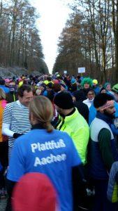 Viele, viele, viele, viiiiieele Läufer am Start.